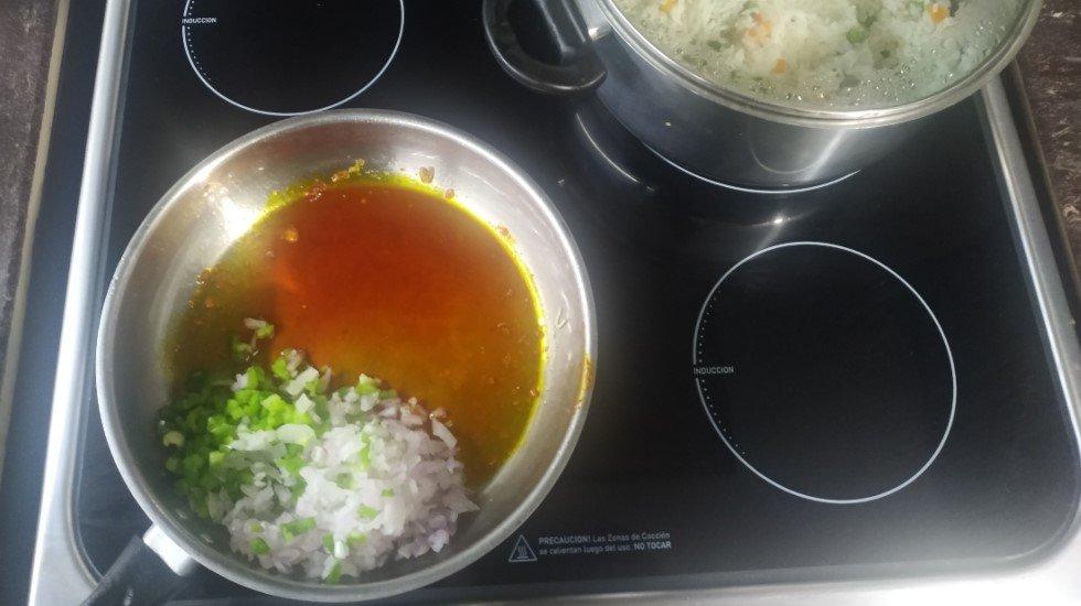 Refrito arroz con pollo